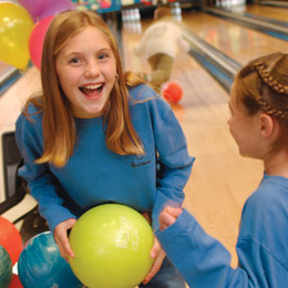 best-ever-bowling-party-parties-photo-260-ff0304bowla01